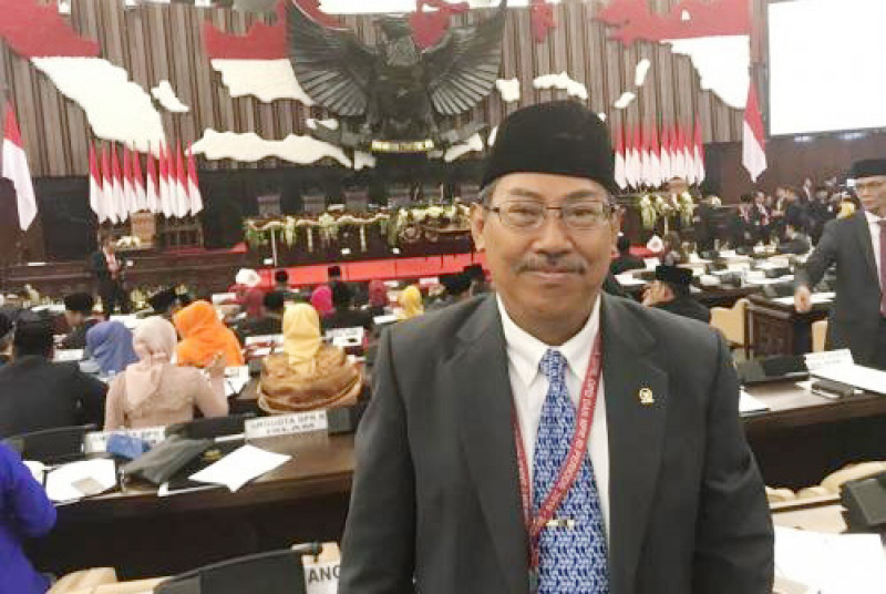 Komisi VII DPR Minta Menteri ESDM Tunda Kenaikan Tarif Listrik