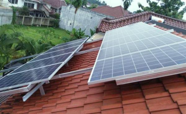 AESI Minta Regulasi Perhatikan PLTS Atap Memihak Masyarakat