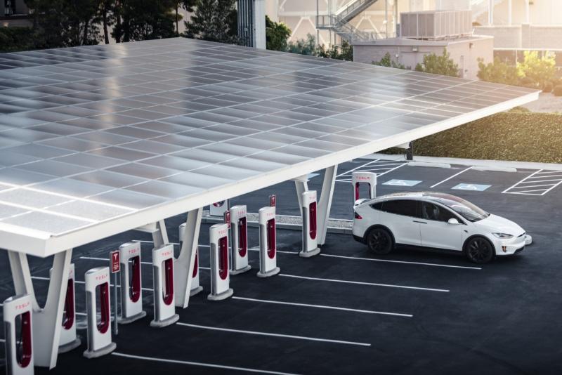 Geliat Kendaraan Listrik, Konsumsi Listrik Energi Terbarukan Akan Berlipat Ganda