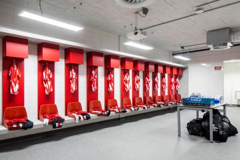 Keren, Perangi Covid-19 Stadion PSV Adopsi Pencahayaan UV-C Desinfeksi