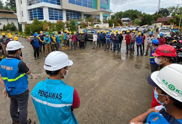 PLN Pasang Telepon Satelit untuk Perlancar Koordinasi Penanganan Pasca Gempa Sulbar