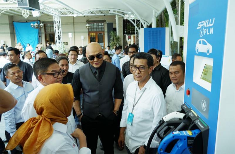 PLN UID Jakarta Raya Perkenalkan SPKLU Berteknologi Ultra-Fast Charging
