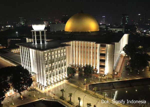 Sambut Idul Fitri, Signify Hadirkan Cahaya Suci untuk Masjid Istiqlal Jakarta