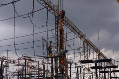 Photo of Pastikan Sistem Jawa Bali Andal Kala Cuaca Ektrem, PLN Lakukan Pemeliharaan GITET