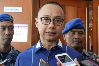 Photo of Politisi PAN Eddy Soeparno Dorong Potensi EBT di Bali