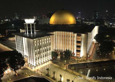 Photo of Sambut Idul Fitri, Signify Hadirkan Cahaya Suci untuk Masjid Istiqlal Jakarta