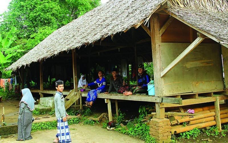 Photo of Santri Kampung Ini Cetuskan Ide Pembangkit Listrik Berbasis Gravitasi