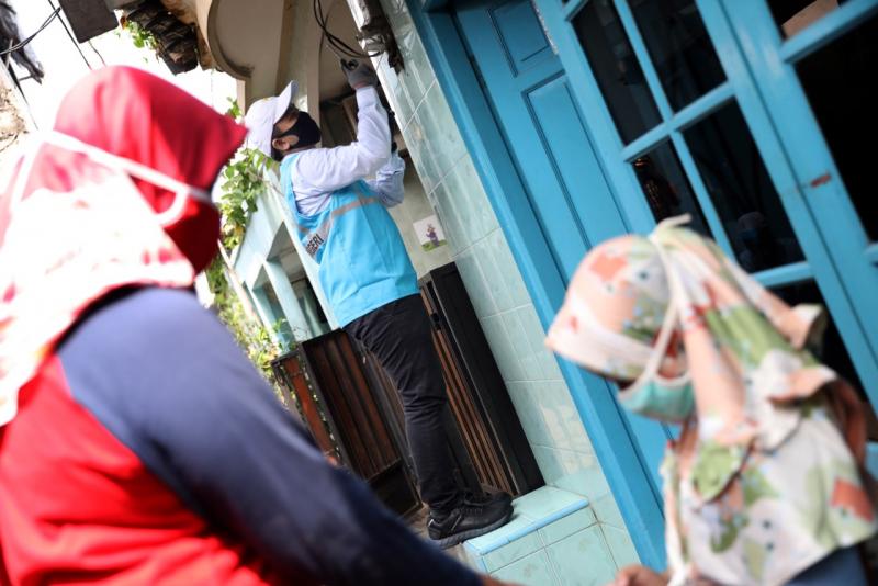Photo of Sebanyak 1200 Rumah Miskin Di Aceh Dapat Sambungan Listrik Gratis
