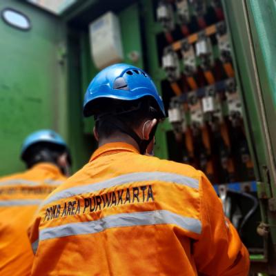 Photo of Tim PLN Sukses Normalkan Gardu Listrik Terdampak Banjir di Jawa Barat